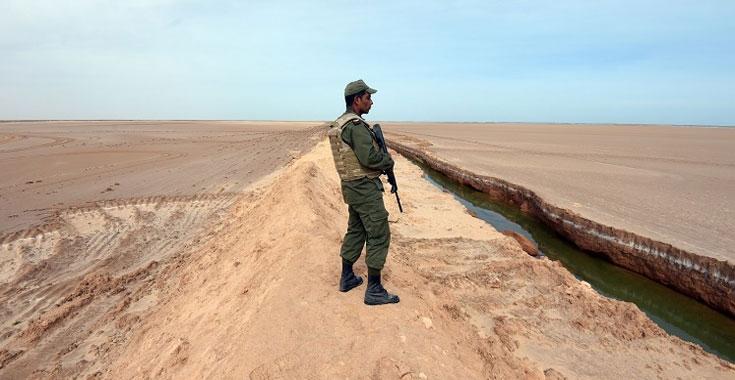 ليبيا المستقبل       عسكري  نالوت وزوارة  يعلن  النفير العام  على الحدود مع تونس