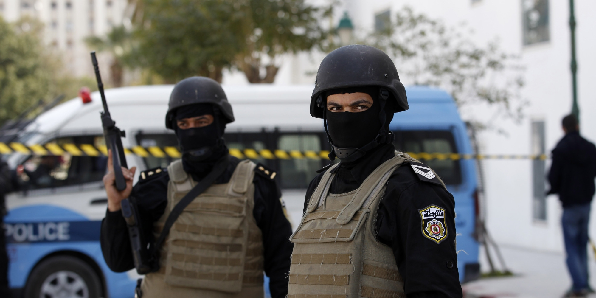 ليبيا المستقبل       تونس: مشروع قانون قد يعطي قوات الأمن الضوء الأخضر لاستخدام القوة المميتة غير الضرورية